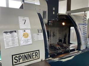 Pionowe centrum obróbcze Spinner VC 1020