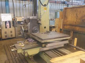 TOS W 9 A Radial drilling machine