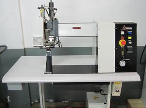 Textilní stroj Ardmel MK4i