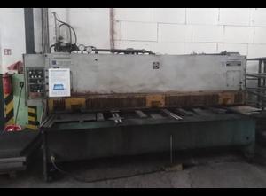 Cizalla mecánica Strojárne Piesok CNTA 3150/6,3A