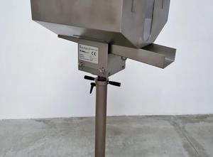 IMA  MOD. F51 - Vibratory feeder used