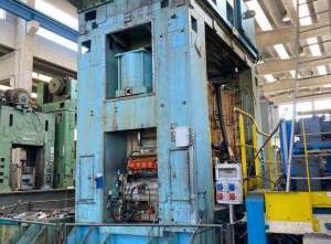 Pressa Rovetta 630 ton