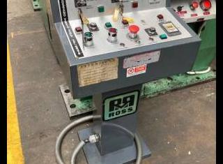Ross 200 ton P210712055