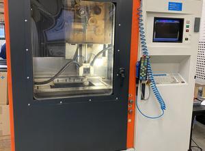 Machine d'électro-érosion par fil Charmilles ROBOFIL 290