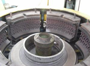 used Italmatic curing press - TBR retreading (tyre retread)