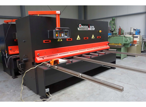 Amada GPX 1230 CNC shears