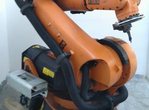 Robotica industrial KUKA KR200-3 comp