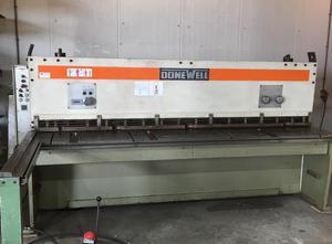 Nożyce gilotynowe hydrauliczne Donewell 3 3000