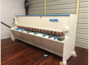 LVD HST 31/6 hydraulic shear