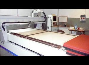 InfoTEC 2515 ENERGY Wood CNC machining centre