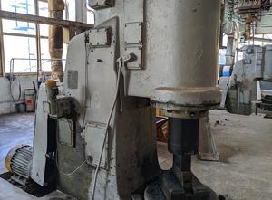 Воронежский завод кузнечно-прессового оборудования имени М.И Калинина MA4136 Forging hammer
