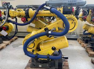 Robot FANUC R-2000iB/250F  A05B-1329-B215