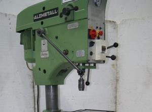 Alzmetall AB 25S Cтолбовой сверлильный станок