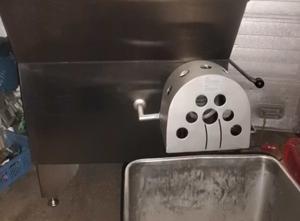 Et kıyma makinesi Kilia Winkelwolf Typ WW 130