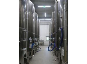 Used UNI-HER 13.300 Liter Tank