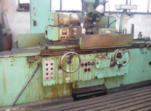 TOS BHU 32A / 1000 Tool grinding machine