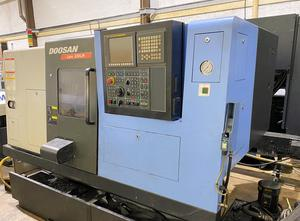 DOOSAN LYNX 220LMB Drehmaschine CNC