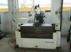MB  4 universal milling machine