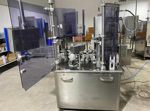 Plnící stroj - potravinářský průmysl